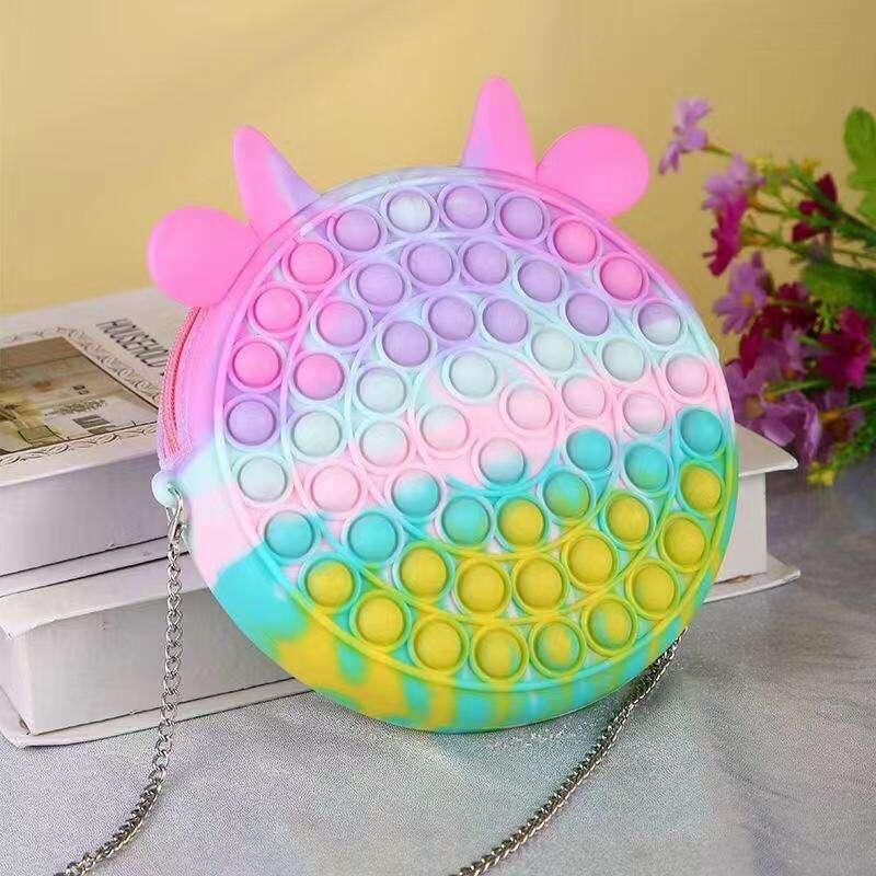 Antistresová silikónová kabelka POP IT s bublinkami (2 druhy)