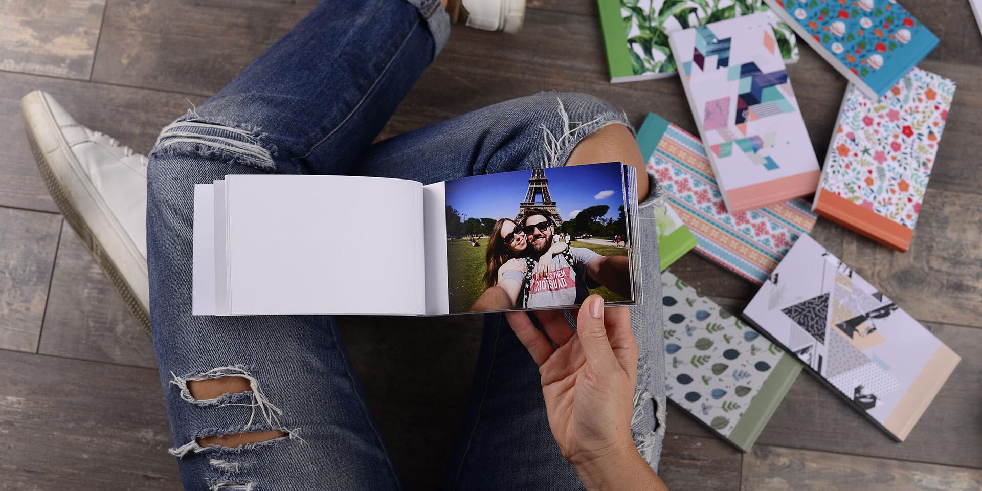 Kvalitná tlač fotografií alebo sharebook s dlhou farebnou životnosťou