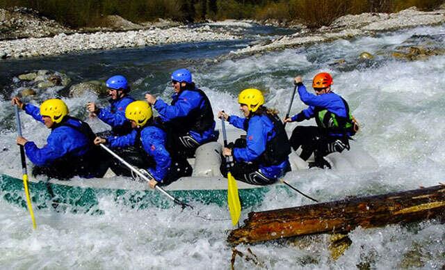 Pokojný splav Váhu, adrenalínový rafting na olympijskom kanáli a...