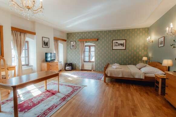 Romantický pobyt v najkrajšom hoteli Banskej Štiavnice v hoteli Salamander*** v apartmáne Exclusive