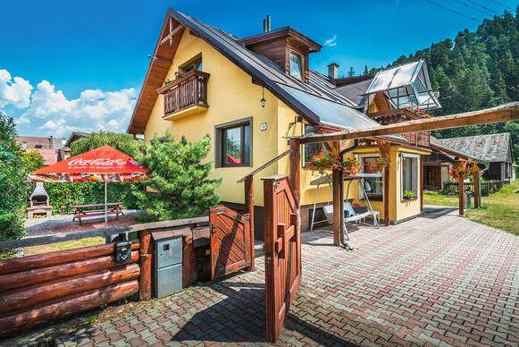 Dom pod Horou v krásnom a tichom horskom prostredí Liptova pre 16 ľudí s wellness