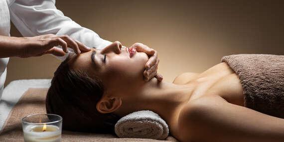 Exotický 100-minútový masážny balíček Zlatý Chrám v Ayurasan/Bratislava - Nové Mesto