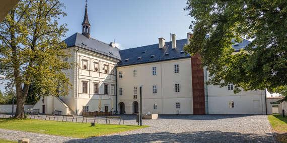 Netradiční ubytování v Hotelu & Zámku Svijany se snídaní a variantami s masáží, prohlídkou pivovaru a hrou Arcana, platnost do konce roku 2020 / Svijany (Liberecký kraj)
