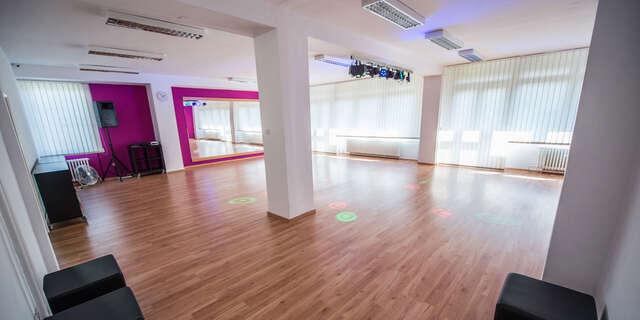 Základný tanečný kurz v Tanečnej škole TOP CENTRUM.