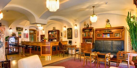 Jedinečný hotel Mucha**** v historickom centre Prahy s raňajkami v cene/Praha - Česko