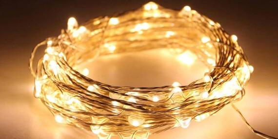 Vianočné LED svetielka - 10 metrov so solárnym nabíjaním, žiadna elektrina či baterky/Slovensko