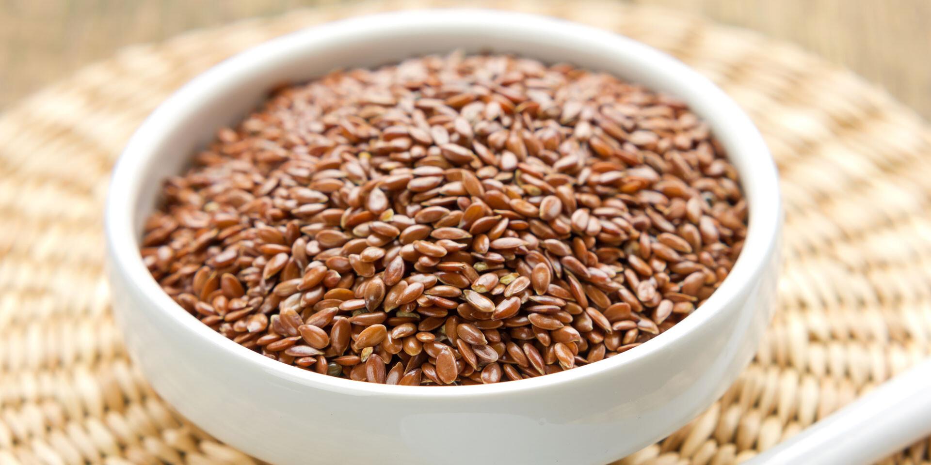 Zdravé ľanové, tekvicové alebo slnečnicové semienka