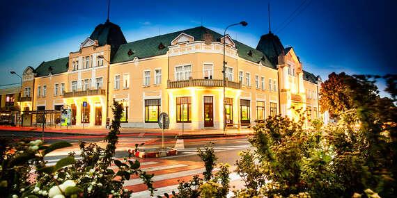 Pobyt s polpenziou v historickom hoteli Lev*** s možnosťou využitia wellness - priamo v centre mesta / Levice