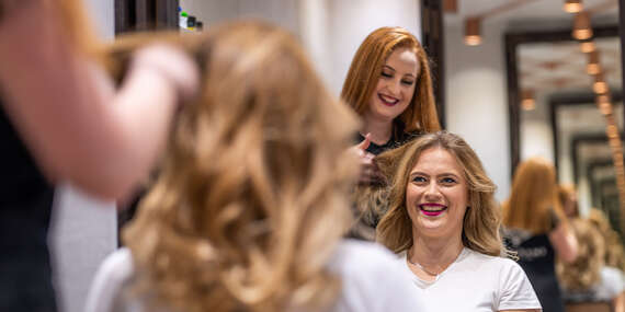 Sakurami: Luxus pre vaše vlasy v úplnom centre Bratislavy/Bratislava – Staré Mesto