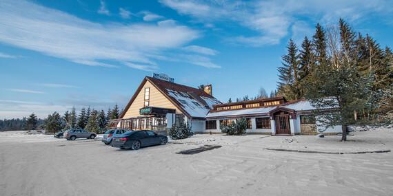 Čarovná zima v Tatrách s polpenziou a zľavou do Aquacity Poprad + ubytovanie pre dieťa do 12 rokov v cene/Vysoké Tatry - Tatranská Štrba