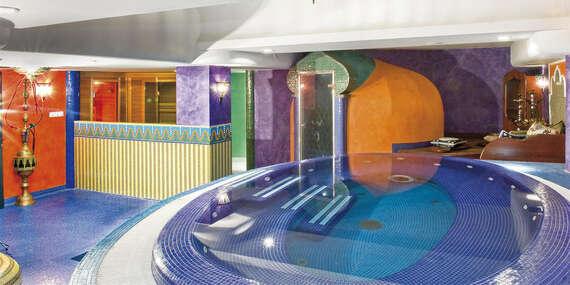 Orientální Amira Boutique Hotel **** s volným vstupem do wellness u termálního jezera Hévíz/Maďarsko - Hévíz