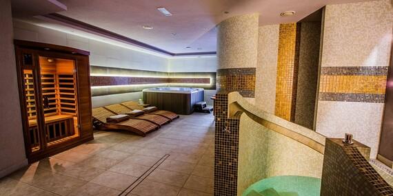 Valentínsky pobyt pre 2 osoby so 4-chodovou degustačnou večerou a privátnym wellness v hoteli Glamour**** pri Zemplínskej šírave/Zemplínska Šírava - Kaluža