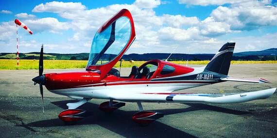 Zážitkový let pre 1 osobu na skvelom dizajnovom lietadle Bristell - aj s možnosťou pilotovania / Letisko Sládkovičovo (30 min. od Bratislavy)