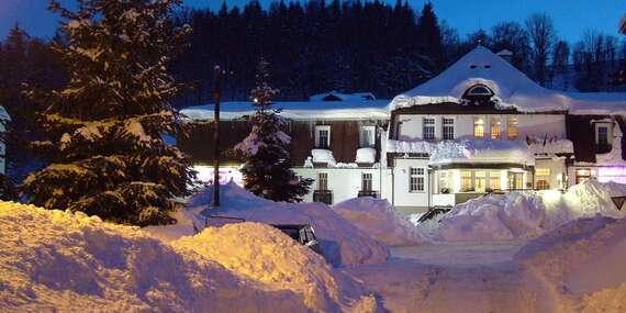 Celý rok v Hotelu PROM *** v Krkonoších u Černé hory s polopenzí a bazénem s platností do 20.12.2021 / Krkonoše - Svoboda nad Úpou