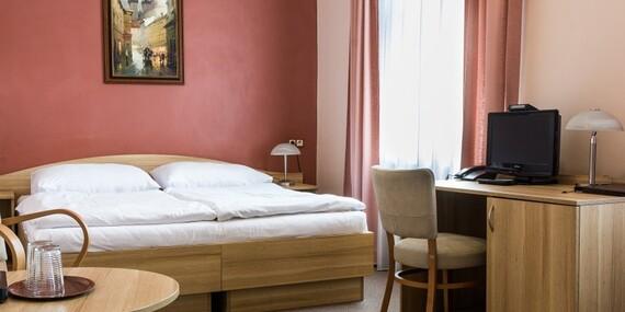 Hotel D`Angelo*** v centru Prahy se snídaní a dětmi do 5 let zdarma/Praha