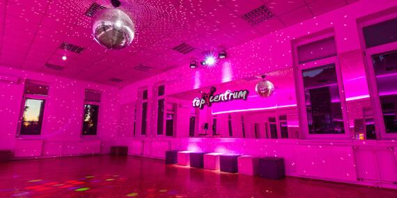 Latino pre ženy začiatočníčky v Tanečnej škole TOP CENTRUM/Bratislava – Staré Mesto, Ružinov, Petržalka