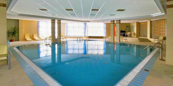 Wellness Hotel Rubin**** v pokojnej časti Budapešti s bazénom, vírivkou a množstvom sáun/Maďarsko - Budapešť