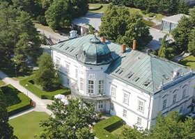 11+1 kaštieľov na Slovensku, v ktorých strávite romantický víkend