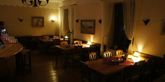 Podzimní pohoda v selském stylu v hotelu Hanácký dvůr *** se vstupem do aquaparku nebo do věhlasné olomoucké zoo/Olomouc