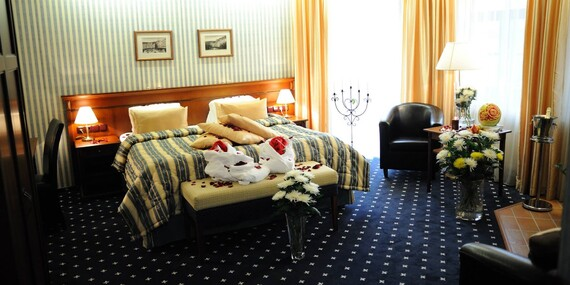 Skvělý dámský program v Mariánských Lázních - hotel Morris s wellness procedurami, plnou penzí a bonusem jedné noci se snídaní navíc zdarma/Mariánské Lázně