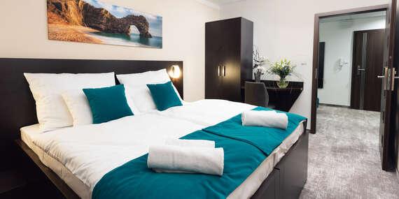 Rodinný pobyt v centre Košíc vo výborne hodnotenom hoteli Crystal*** vrátane raňajok, vstupu do ZOO a Dinoparku/Košice
