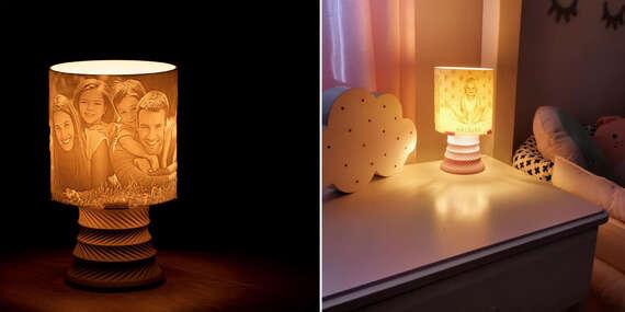 Lampa s vlastným motívom - rozžiarte svoje fotografie/Slovensko