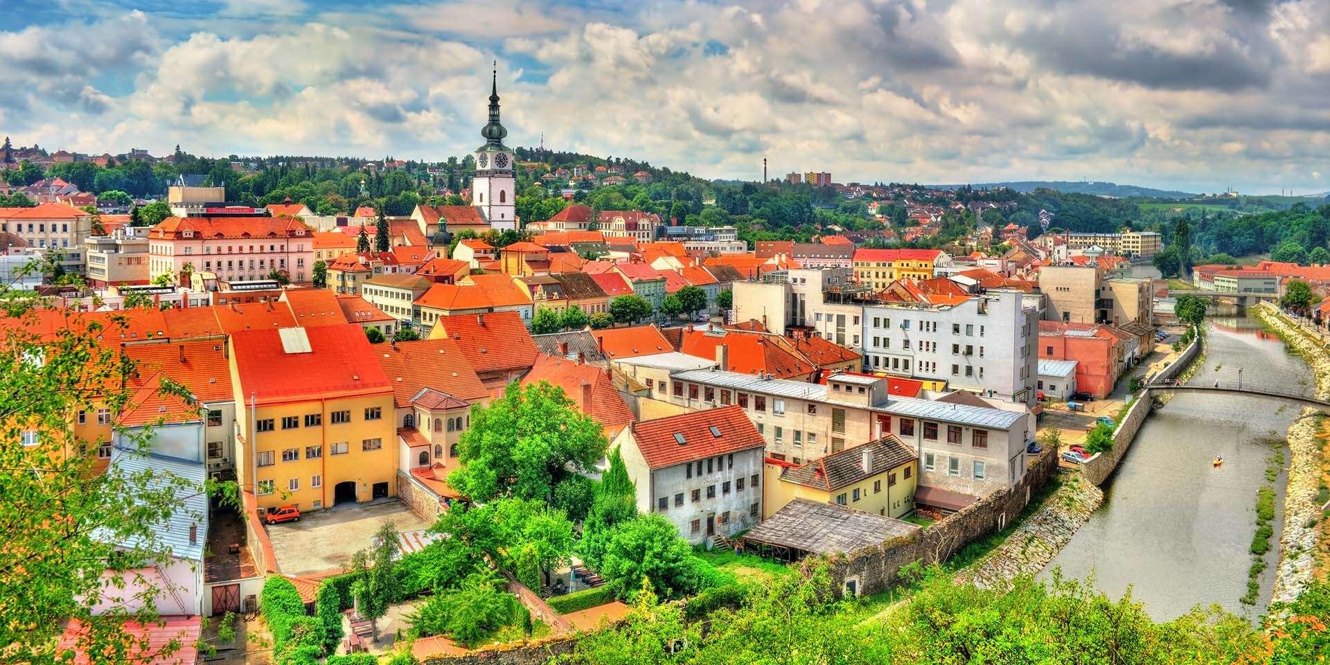 Romantika priamo v historickom centre Třebíča s večerou pri svie