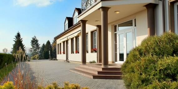 Jaro v hotelu Brada v Českém ráji, jen kousek od Jičína, s polopenzí a wellness nebo masáží/Český ráj - Brada-Rybníček u Jičína, Jičín