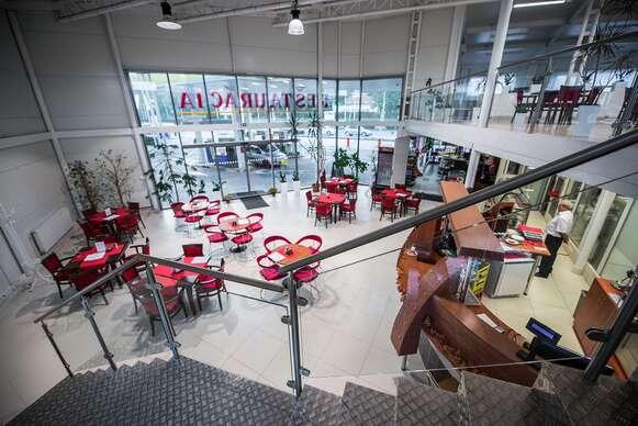 Pečená kačica pre 1, 2 aj 4 osoby v reštaurácii Rotoska - Slovenské špeciality.