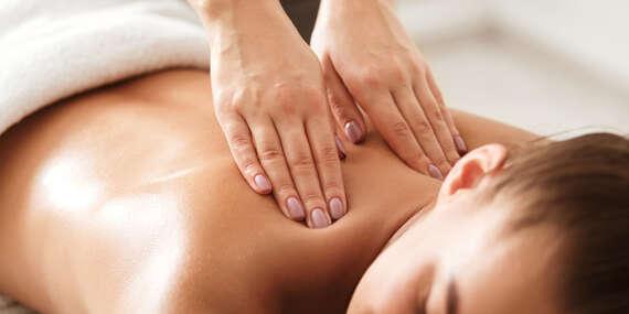 60-minútová klasická masáž, anticelulitídna masáž a zábal, rašelinový zábal alebo ručná lymfodrenáž v zdravotníckom zariadení ŠNOP/Bratislava - Ružinov