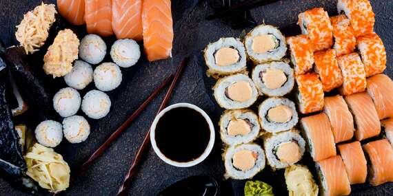 Vegeteriánské, japonské nebo italské sushi-sety v restauraci Sony s možností jídla s sebou / Zlín