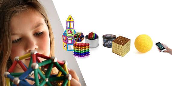 Stavebnice a hry pre rozvoj kreativity u detí – inteligentná guľa, magnetické kocky a stavebnica či hrací koberec/Slovensko