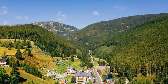Plná penze, all inclusive na konzumaci nápojů i relax ve wellness v horské chatě Orlík v srdci Krkonoš a s platností až do listopadu 2021/Pec pod Sněžkou