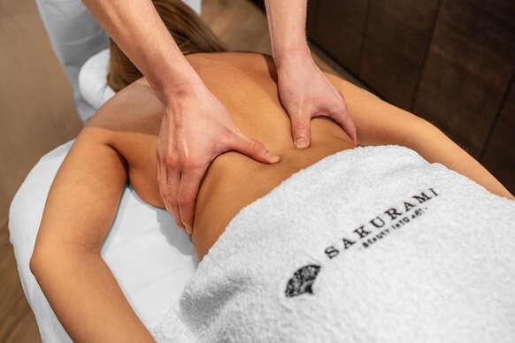 Sakurami: Uvoľnite svoje svaly aj myseľ počas luxusných masáží.