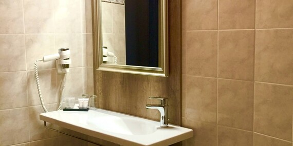 Stylový odpočinek s polopenzí v butikovém hotelu Da Vinci v Mariánských Lázních, i s wellness a platností až do listopadu/Mariánské Lázně