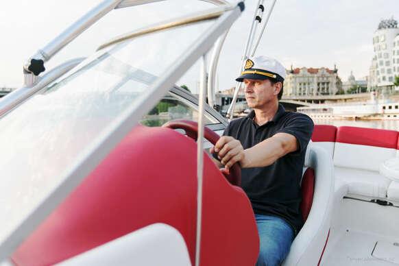 Sleva 46% na pobyt - Kapitánský kurz Vůdce malého plavidla M a C pro 1 osobu s platností do září 2021