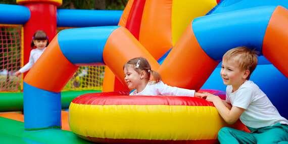 Vstup do dětského centra Tanzania park v Praze pro děti všech věkových kategorií s doprovodem zdarma a platností do dubna 2021/Praha