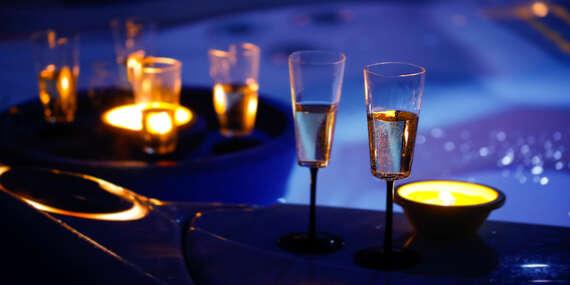 Romantika pro dva na jižní Moravě v hotelu Styria s polopenzí, bazénem a hodinou privátní vířivky / Jihomoravský kraj - Chvalovice