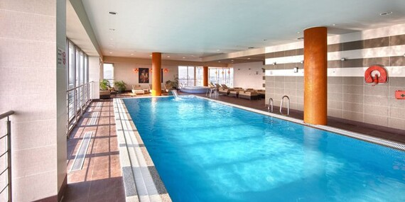 Relax v Holiday Inn v Žiline s wellness, polpenziou, masážou a perfektným výhľadom na mesto/Žilina