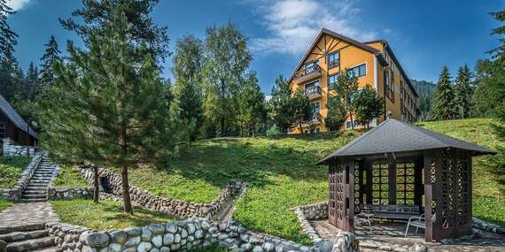 Rodinná dovolenka uprostred lesa v HORSKEJ CHATE OREŠNICA*** s polpenziou / Račkova dolina - Pribylina