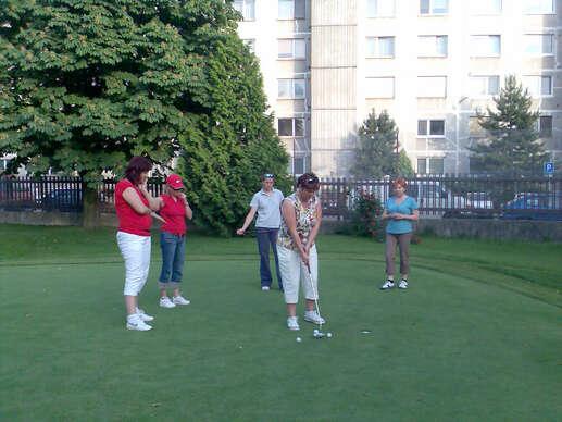 Golf - individuálny alebo skupinový kurz zelenej karty.