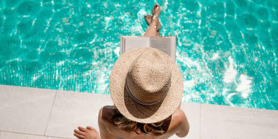 Neobmedzene leto v Dudinciach - bazén, kúpeľné procedúry a chutná strava počas celého pobytu v hoteli Flóra/Dudince